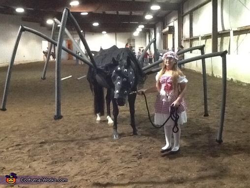 pająk kostium halloween dla konia